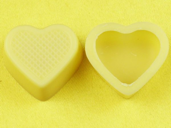1 Folie Herzschalen Weiß