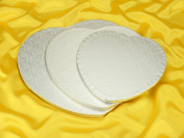 Cakeboard Herz 25cm silber