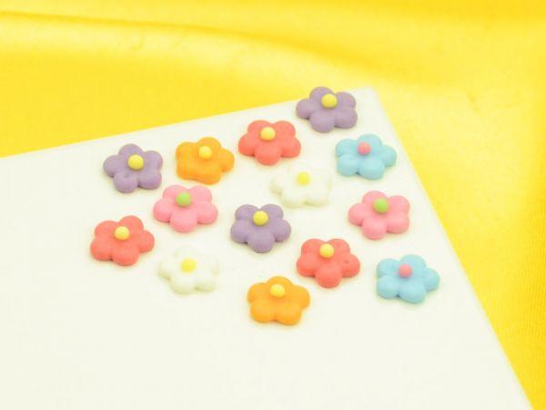 Blümchen 10mm bunt Zucker 30 Stück