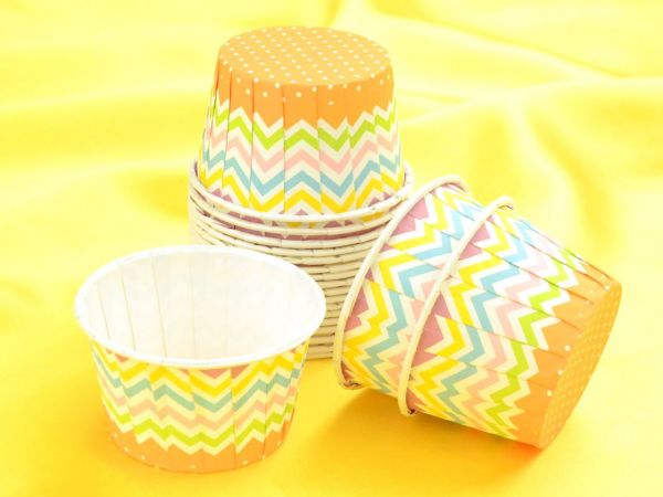Cupcake Becher Zick Zack 20 Stück