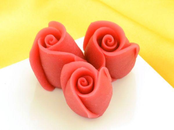 Marzipan-Rosen klein rot 4 Stück