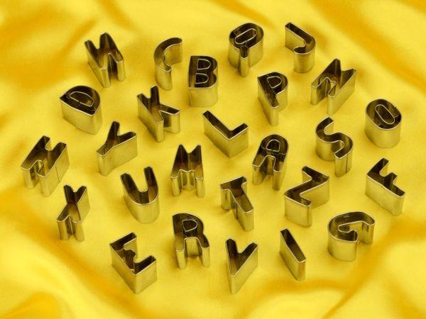 Ausstechset Buchstaben